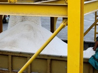 Garam Impor 52 Ribu Ton Masuk ke Indonesia Pekan Ini