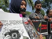 Pers Indonesia Bergairah, Kebebasan Tidak