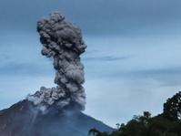 BNPB Tetapkan Gunung Sinabung Berstatus Awas