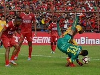 PSM Unggul 3 Poin dari Persib di Liga 1 Gojek-Traveloka