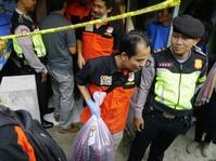 Densus Tangkap Tiga Terduga Teroris Terkait Kampung Melayu