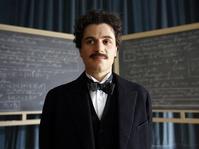 Kejeniusan Albert Einstein dalam Layar Kaca Genius