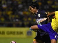 Hasil Liga 1 Indonesia: Persela Tundukkan Persegres GU 2-0