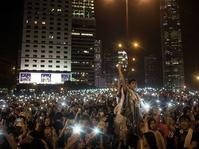 Revolusi yang Berawal dari Media Sosial