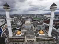 2 Terluka Akibat Kabar Hoax Menara Masjid Raya Bandung Roboh