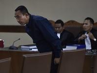 Hakim Izinkan Bupati Terdakwa Penyuap Akil Mochtar Dilantik
