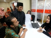 OJK Masih Proses Perizinan Paytren Milik Yusuf Mansur