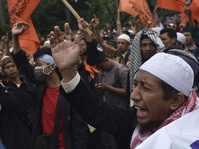 Presiden Bahas Perppu Ormas Bersama Ulama-ulama Sulawesi