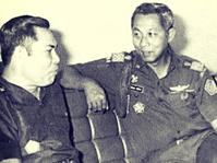 """Kemal Idris, """"Jenderal Sampah"""" Penentang Presiden"""