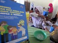 Jokowi Ajak Semua Instansi Ikut Sukseskan Imunisasi MR