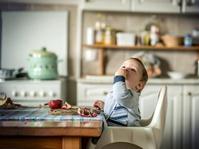 Pro dan Kontra Makanan Padat untuk Bayi