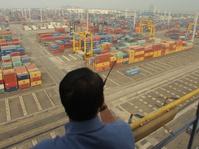 Ekspor Naik Tipis, Surplus Neraca Dagang Turun Jadi $130 Juta