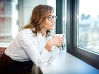 Studi: Mencium Aroma T-Shirt Pasangan Bisa Meredakan Stres