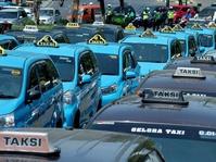 Curhat Sopir Angkot Soal Driver Taksi Online yang Menolak Uji Kir