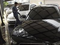 Melacak Asal Usul Mobil-mobil Sitaan yang Dilelang KPK