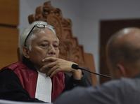 Saksi Setya Novanto Uraikan Status Penyelidik & Penyidik KPK