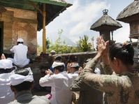 Gunung Agung dan Spiritualitas Hindu Bali