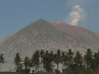 Aktivitas Gunung Agung Dinyatakan Tidak Terpengaruh Hujan