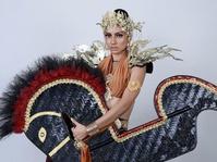 Ketika Ratu Kecantikan Malaysia Menjadi Kuda Lumping