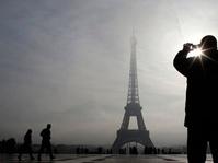Menara Eiffel Dipadamkan untuk Hormati Korban Las Vegas