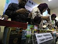 Ikatan Apoteker: Konsumen Harus Tahu Obat yang Mengandung Babi