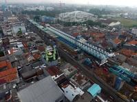Konstruksi LRT Roboh, Sandiaga: Proyek Ini Kejar Target Juli Kelar