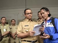 Anies Baswedan Klaim UMP DKI 2018 Untungkan Buruh dan Pengusaha