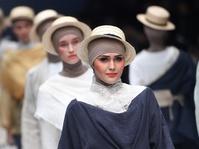 Dunia Semakin Terbiasa dengan Hijab dalam Fashion