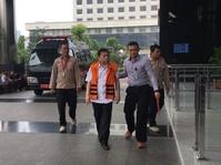 Tak Ada di Jadwal, Setya Novanto Bungkam Saat Tiba di KPK Hari Ini