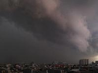 Libur Tahun Baru Imlek, BMKG: Jakarta Diguyur Hujan Angin Hari Ini