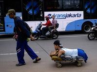 Deni Nurjaman, Penyandang Disabilitas, Menantang Kemacetan Jakarta