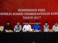 Catatan Kinerja KPK di 2017: Data Kasus dan Latar Belakang Koruptor