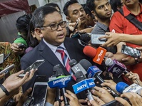 "Hasto Perjelas Maksud Ribka Tjiptaning Soal Konteks ""Anak PKI"""
