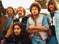 Hotel California dan Kutukan yang Menyertai The Eagles