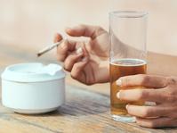 Alkohol dan Ganja, Mana Lebih Berbahaya?