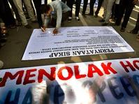 Ridwan Saidi: Hoax Menghantui Persatuan dan Kesatuan Bangsa!