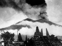 Mengenang Letusan Gunung Agung 1963 yang Mematikan