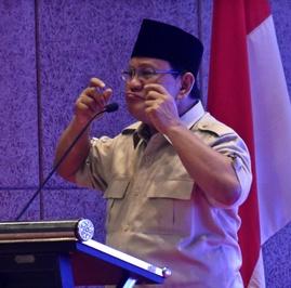 Menguji Klaim Prabowo Soal 55% Masyarakat Buta Huruf Fungsional
