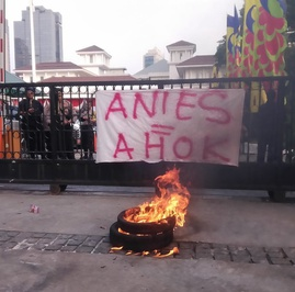 Debat Tak Substansial antara Pendukung Anies & Ahok soal Reklamasi