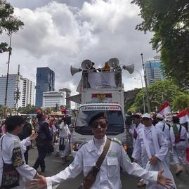 Orator Demo FPI dkk Minta Ahok Mundur dari Pertamina