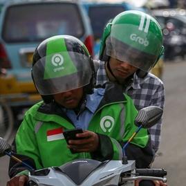 PSBB Jakarta: Layanan Ojek Motor Hilang dari Aplikasi Gojek & Grab