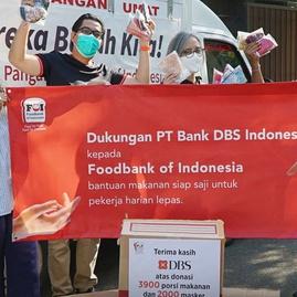 Donasi Bank DBS Indonesia Untuk Pekerja Harian Lepas
