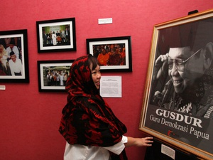 Aksi Tanda Tangan Dukung Gus Dur Jadi Pahlawan Nasional