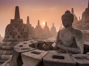 Pemasangan Chattra Borobudur Harus Sesuai UU dan    Metote Pemugaran