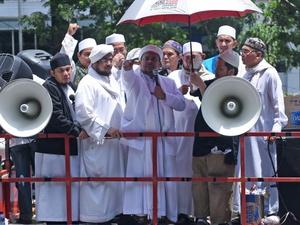Rizieq Shihab akan Tiba di Indonesia Rabu Pagi Menurut Jubir FPI