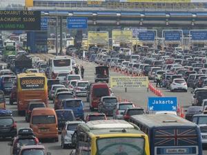 Kemacetan Terjadi di Gerbang Tol Cikarang Utama KM 29