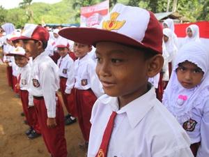 Djarot Diminta Tidak Bekukan Sekolah Dasar di Jakarta Timur