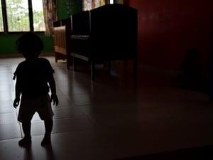 Peraturan yang Wajib Diperhatikan dalam Mengasuh Anak