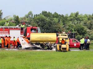 Pesawat Latih Jatuh di Bandara Tunggul Wulung Cilacap, Pilot Tewas