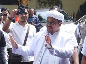 Sudah 5 Kali Rizieq Shihab Dikabarkan Pulang Sejak Pergi ke Arab